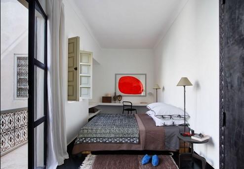 desain kamar tidur mungil cat putih